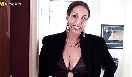 黒人女性の大きなお尻をねじ込む大きなコックで欲望の完全なハゲ男 無料 女子 アダルト