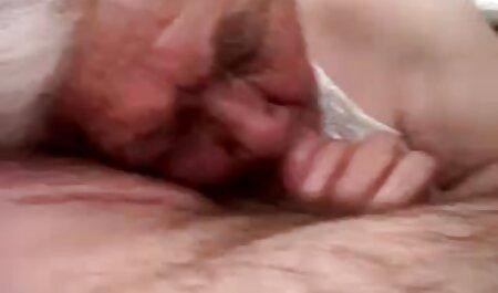 セクシー Zafira愛撫彼女の膣とともにバイブレータ 女子 セックス 動画