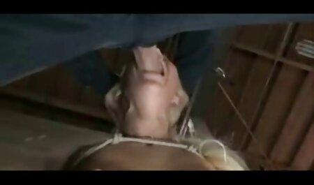 ロシアの女の子が大好きへいたずらでベッド 女子 校 エロ 動画