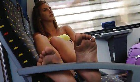 セクシーな角質は長いコックを吸い、膣を舐める セックス 動画 女子 高生