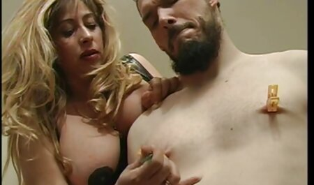 塗装されたゲイは強いと彼の友人の下衆野郎を打ちます 女子 高生 レズエロ 動画