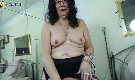 大きな柔軟なお尻を持つ良い女の子は、もちろん、セックスの前に、彼女は大きな陰茎の男を吸う方が良い 無料 女の子 エッチ